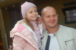 Федор Емельяненко с дочерью Василисой