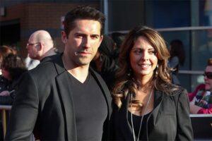 Скотт Эдкинс с женой