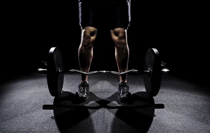 Правильная расстановка ног при становой тяге