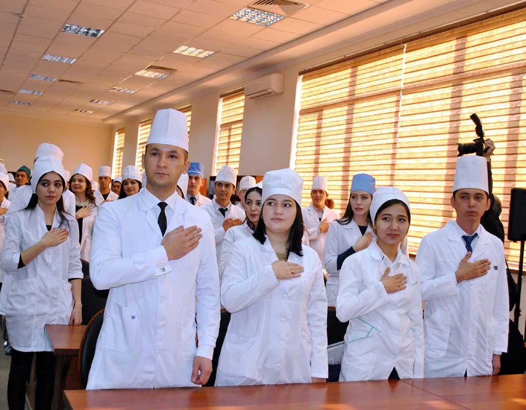 узбекские врачи