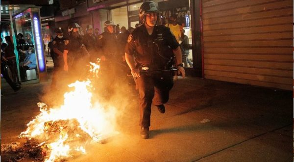 беспорядков в США